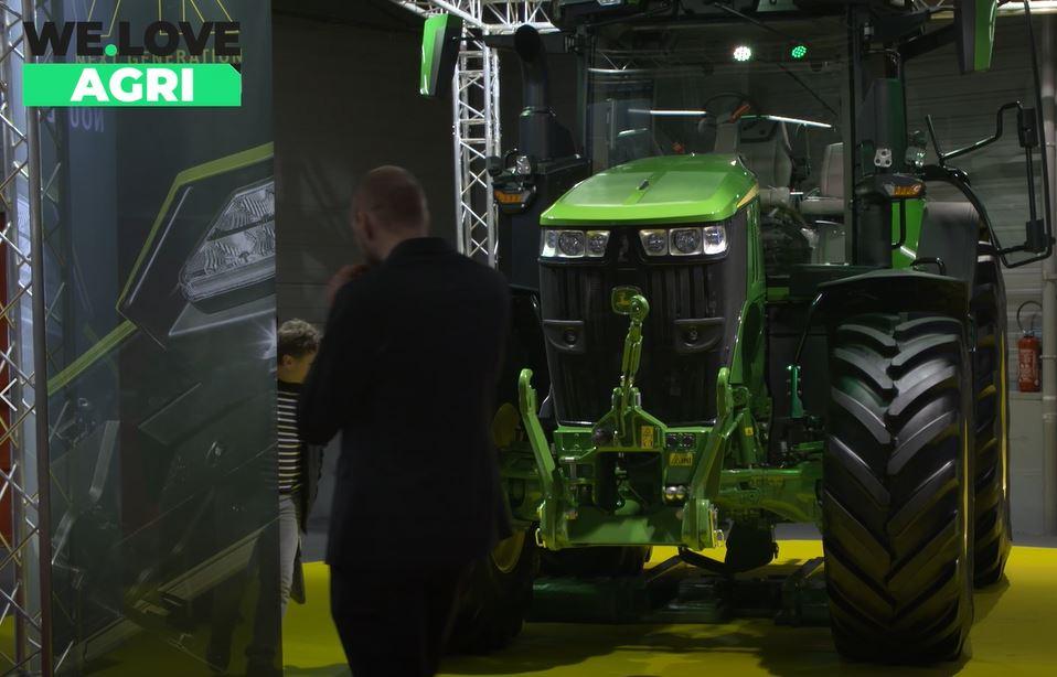 John Deere : La nouvelle génération de tracteurs Série 7R de 363 ch pour plus de puissance